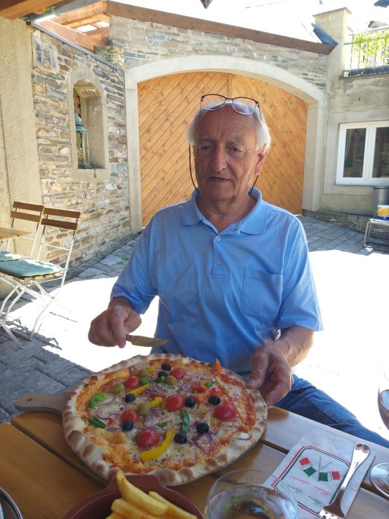 Manfred et sa pizza