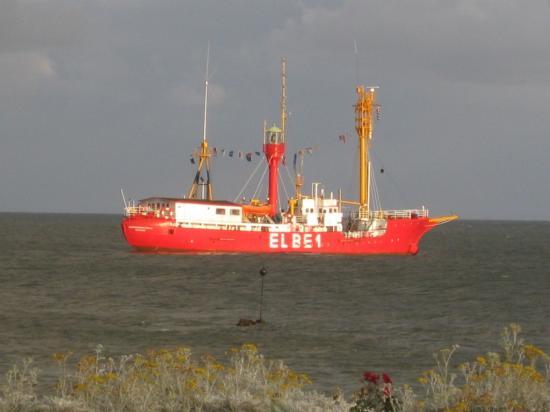 ELBE 1 ANCRÉE À HELGOLAND