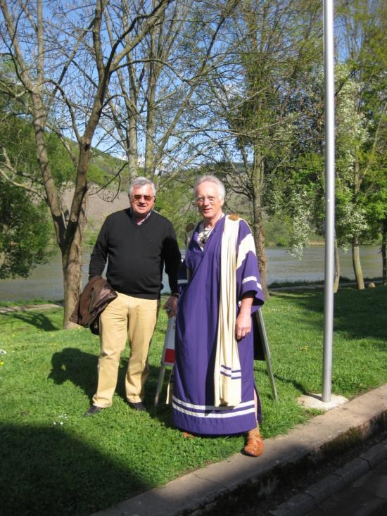 "GEORG & Mr  BERND SCHMIDT ""LE GUIDE"""