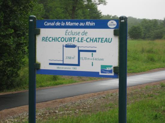 RÉCHICOUR- LE CHATEAU