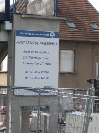 PPONT-LEVIS DE MALZEVILLE