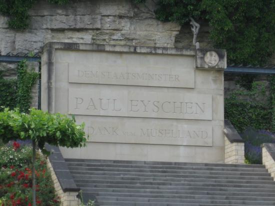 MEMORIAL PAUL EISCHEN