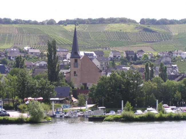 NEUMAGEN-DHRON/ Moselle