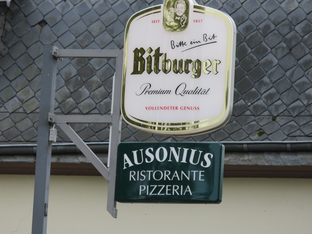 Pizzeria AUSONIUS