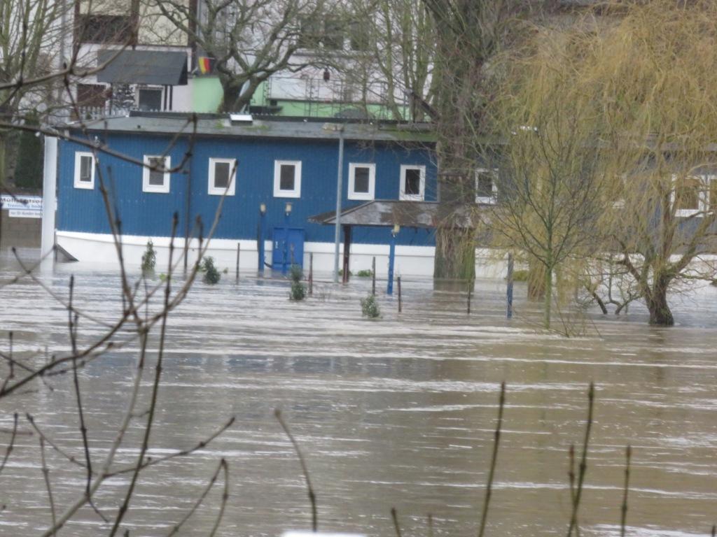 Port de Neumagen-Dhron- les sanitaires