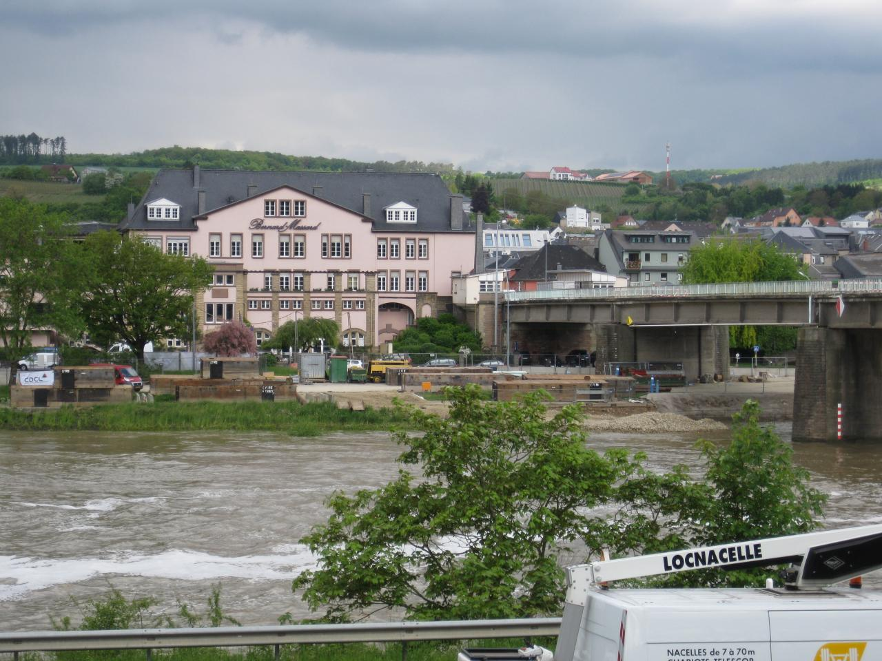 DÉBUT DESTRUCTION DU PONT DE GREVENMACHER
