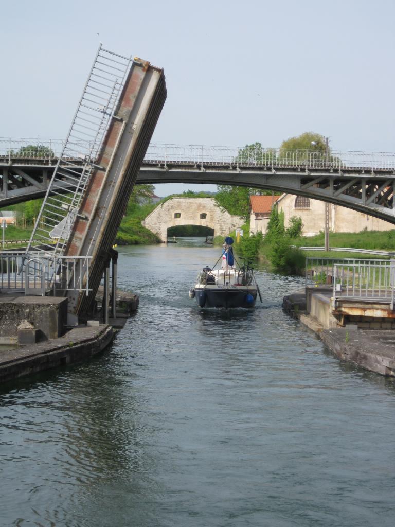 sortie de Toul- Pont levant
