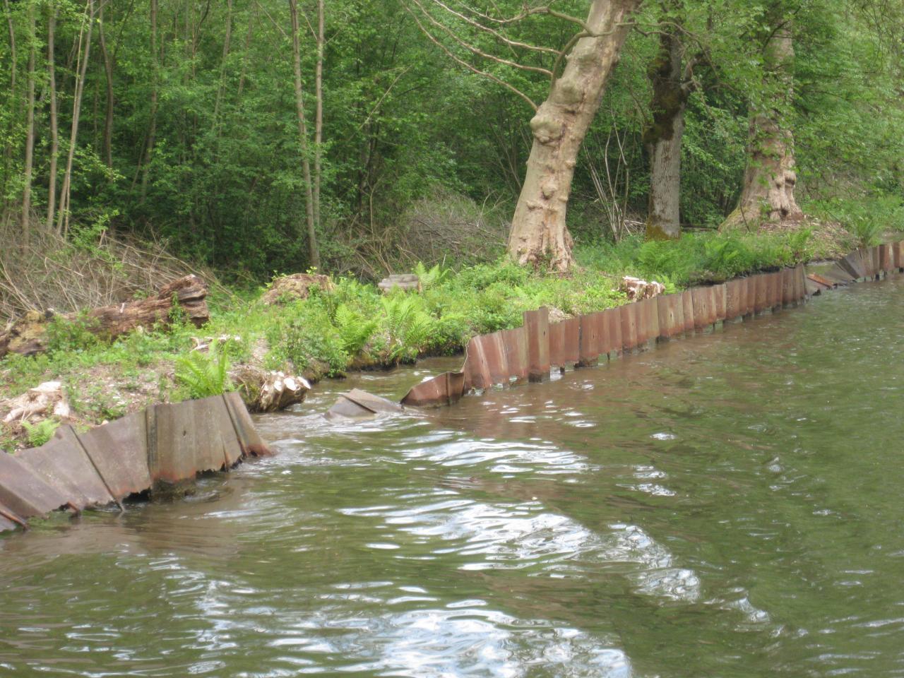les rives abimées