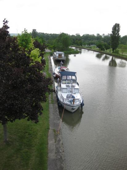 vue du pont de Charmes