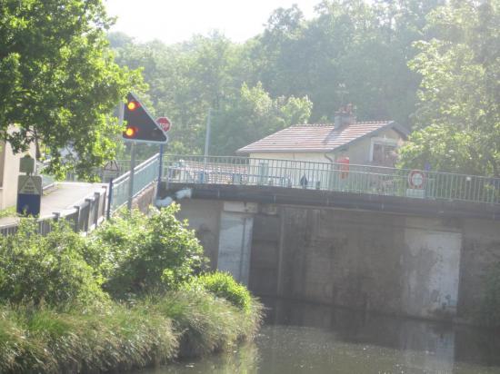 Entrée du Canal de Nancy- écluse 46