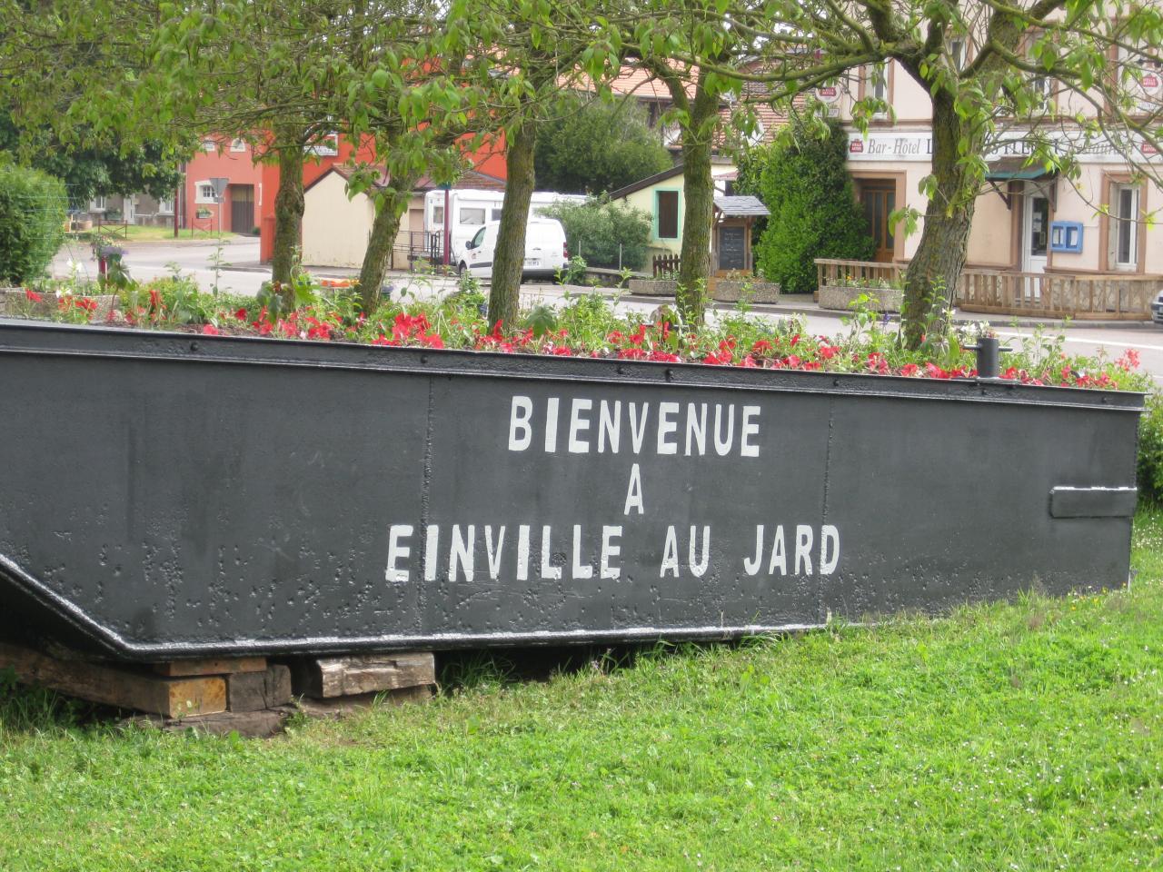 Halte de Einville au Jard